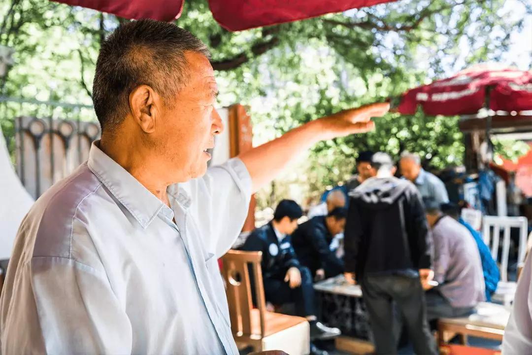 韩师傅讲起他年轻时的工作